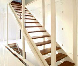 Thiết kế cầu thang nhà ống
