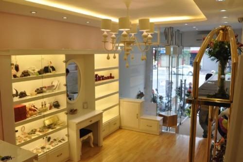 thiet-ke-noi-that-showroom-tham-my-3