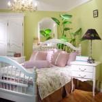 Vì sao không nên đặt nước và cây xanh trong phòng ngủ?