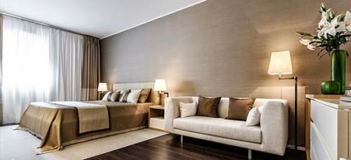 Phòng ngủ được thiết kế đơn giản nhưng không kém phần sang trọng.